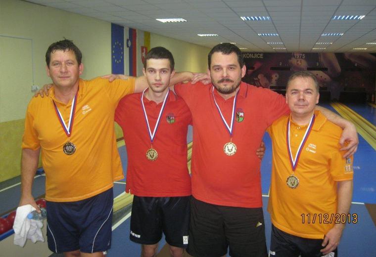 Regijska prvaka v dvojicah za leto 2013 sta postala David Mandelc in Sebastjan Pintarič, na drugo mesto sta se uvrstila Božo Ognjenović in Bogdan Kompari